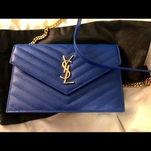 YSL ENVELOPE CHAIN WALLET IN EMBOSSED LEATHER